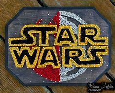 3D Star Wars String & Nail art  made by Brianna Kastelein  (kastelein.art on Instagram)