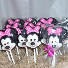 Chocolate Minnie Mouse Lollipops by candycottage on Etsy