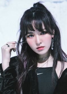 "[SCAN] WENDY (웬디)  of Red Velvet (레드벨벳) ♡ — 180301 Red Velvet (레드벨벳) The 2nd Studio Album Repackage ""THE PERFECT RED VELVET"" SMTOWN COEX Artium SUM Official POSTCARD SET (WENDY (웬디) Version POSTCARD) 