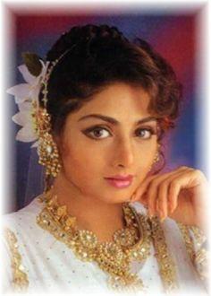 sridevi | After the gorgeous Aishwariya Rai Bachchan, Kareena Kapoor and Madhuri ...