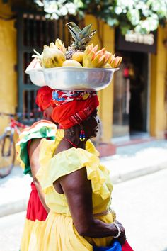 Culturally immersive group trips for millennial travelers Trip To Colombia, Visit Colombia, Colombia Travel, Cuba Travel, Travel Abroad, Travel Usa, Vacation Travel, Cuba Culture, Group Travel