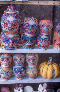 DIA DE LOS MUERTOS/DAY OF THE DEAD~Skulls of Sugar