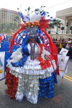 un masivo respaldo al carnaval dominicano 2013
