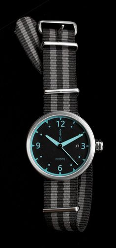 Xetum Kendrick men's watch - teal dial, NATO strap