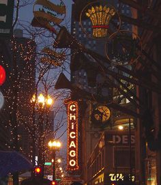 [Chicago Christmas, Chicago Theatre] I was born right outside Chicago in Hinsdale, IL. We lived in Downers Grove until about 1986 or 1987. My dad would commute by train to Chicago for work. (My husband and I went to Chicago for our honeymoon in 2004!)