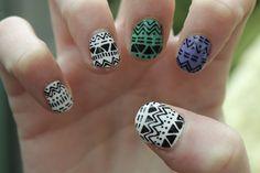 Divertido diseño de uñas étnicas, encuentra más diseños en http://mipagina.1001consejos.com/