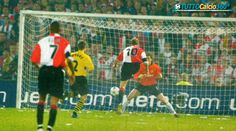 8 Maggio 2002 | Il Feyenoord vince la Coppa UEFA a casa sua