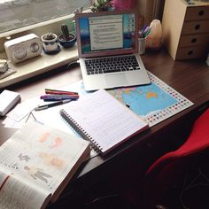 """nourishingessie: """"First day of semester two and straight into some human biology study! Yesterday I bought a new desk and chair, I love them. Work Motivation, School Motivation, Study Desk, Study Space, School Organisation, Organization, Keep Calm And Study, Study Corner, School Study Tips"""