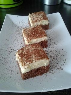 Tiramisu, Red Velvet, Food And Drink, Tasty, Sweets, Drinks, Cooking, Ethnic Recipes, Desserts