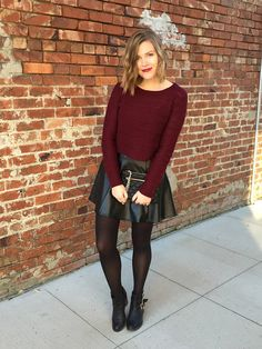 A cozy cropped sweater, a bold high-waist leather skirt, and killer ankle booties on this week's Chic!