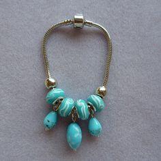 Lampwork charm bracelet by Lovas £10.50 #jewellery #bracelet #handmade #folksy