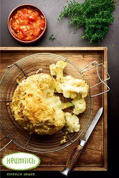 Gegrillter Blumenkohl mit Heumilch-Bergkäse. Food Court, Brunch, Cauliflower, Vegetables, Eat Lunch, Dinners, Grilled Cauliflower, Kid Recipes, Hay