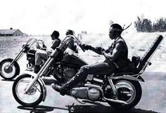 Black motorcycle clubs emerged throughout Cali in the 50s & 60s, and fought against racism and stereotypes of the day for their right to live the outlaw biker lifestyle — like the East Bay Dragons, Fresco Rattlers, Outlaw Vagabonds, Defiant Ones; down South in LA were the Choppers, Soul Brothers & of course, the Chosen Few.