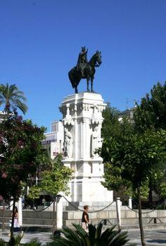 Monumento a San Fernando. Plaza Nueva, Sevilla