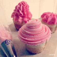 Girly Pink Frosted Cupcakes  http://iambaker.net/cakes-cookies-bars-from-instagram