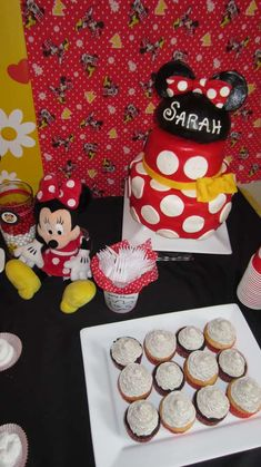 Minnie Mouse - Red Birthday Party Ideas | Photo 3 of 32 | Catch My Party