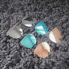 >>>Ray Ban Sunglasses OFF! >>>Visit>> From Kingsley Thompson These bespoke leather cases for folding mahinder rajput sunglasses… Cool Sunglasses, Ray Ban Sunglasses, Cat Eye Sunglasses, Mirrored Sunglasses, Sunglasses Women, Sunnies, Trending Sunglasses, Boyfriend Jeans Kombinieren, Do It Yourself Fashion