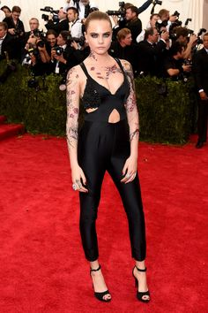 Met Gala 2015: The Best Looks From The Carpet | The Zoe Report Cara Delevingne in Stella McCartney