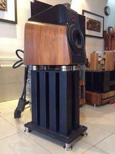 Sonus Faber Extrema (Stillpoint Ultra 5 stands)