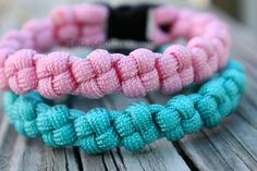 $10.00 Paracord bracelet called The Japan by Top Knotch Gear on Etsy. #paracord