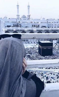 Beautiful Ka'ba in Mecca😍❤ Mecca Wallpaper, Islamic Wallpaper, Anime Muslim, Muslim Hijab, Muslim Girls, Muslim Couples, Mekka Islam, Mecca Kaaba, Hijab Dpz
