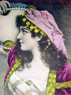 Tambourine & Sequins, Gypsy