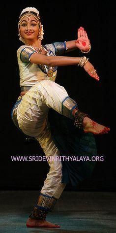 _bharathanatyam_classical_indian_dance_traditional_0162