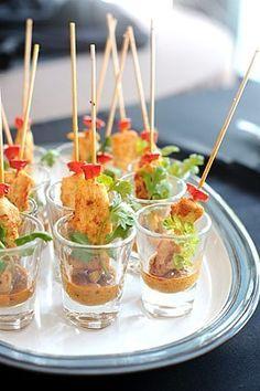 Photo de la recette Mini brochettes de poulet au satay