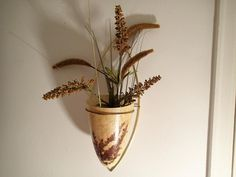 Fiberglass Cone Wall Vase with Brass mount. Dried fern leaves encased in the outer coating give this a very natural rustic touch. Midcentury Wall Decor, Modern Wall Decor, Mid Century Rustic, Fiberglass Planters, Vintage Planters, Wall Pockets, Mid Century House, Flower Images, Dried Flowers