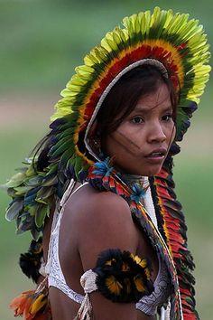 A Jurubeba Cultural:  ● Gente ...do planeta. (Jovem Rikbaktsa.  Mato Grosso, Brasil)