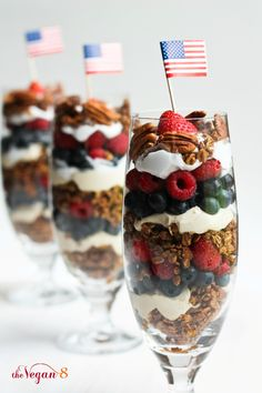 4th of July Granola Parfaits! Healthy for breakfast. Tastes like dessert. ONLY 8 ingredients for the whole recipe! by http://TheVegan8.com
