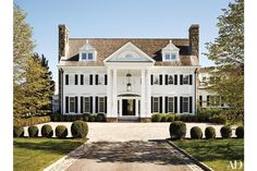 The Greenwich, Connecticut, home of former Sony executive Tommy Mottola and his wife, pop singer and actress Thalia; the couple commissioned Abelow Sherman Architects to design the Colonial-style structure and Katch I.D. to oversee the interiors.