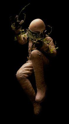 ☆ Artist Jeremy Geddes ☆ Source by Astronaut Wallpaper, Astronaut Illustration, Space Story, Astronauts In Space, Major Tom, Plastic Art, Human Art, Cultura Pop, Sci Fi Art