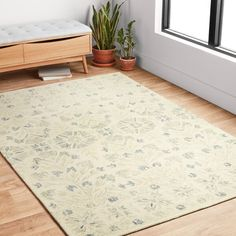 Traditional Area Rugs, Traditional Furniture, Traditional Decor, Area Rug Dining Room, Home Rugs, Grey Rugs, Online Home Decor Stores, Furniture Making, Wool Rug