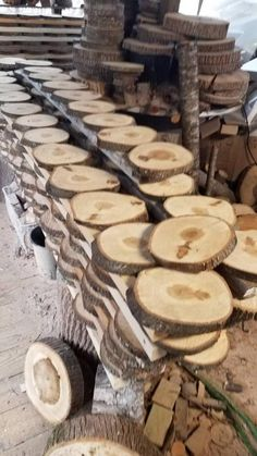 10 Pc 7 to 9 Assorted Hardwood Log Slices Wood Awesome Woodworking Ideas, Best Woodworking Tools, Woodworking Crafts, Woodworking Furniture, Log Slices, Wood Logs, Rustic Wedding Centerpieces, Rustic Wood, Wood Crafts