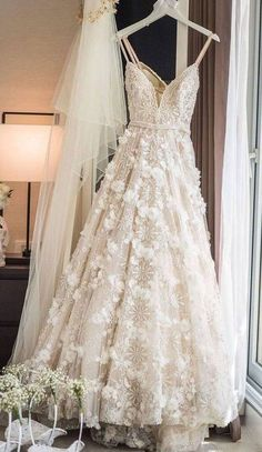 spaghetti straps wedding dresses with flowers