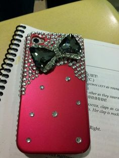 I want this phone case it is so adorable