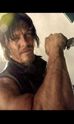 Norman Reedus  Daryl Dixon ~ The Walking Dead - oh my...