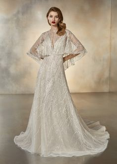 Discover our Pronovias Wedding Dress Collection. View our amazing selection of unique bridal dresses and gowns featuring the latest trends. Book an appointment now! Evening Dresses For Weddings, Wedding Dress Trends, Gorgeous Wedding Dress, Wedding Dress Shopping, Bridal Dresses, Wedding Gowns, Wedding Blog, The Bride, Pronovias Bridal
