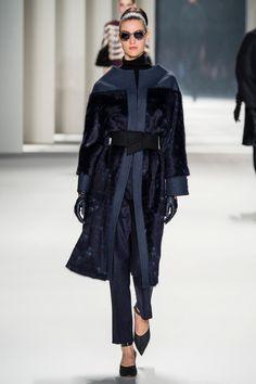 Carolina Herrera | Коллекции осень-зима 2014/2015 | Нью-Йорк | VOGUE