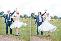 Rhian-and-toan-festival-wedding11