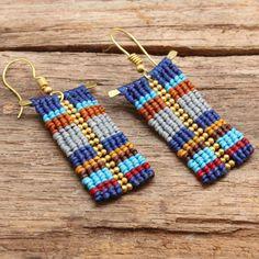 Pendientes de algodón patrón tribales tejido funky con granos de cobre amarillo y el marco