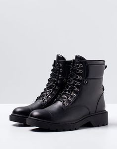 Bershka lace-up mountain ankle boots