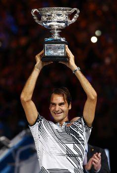 Roger Federer wins Australian Open after epic five-set slug fest against Rafael Nadal