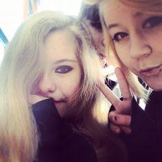 Dis be me Sadie and Courtney <3