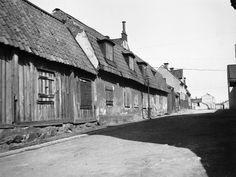 Stockholm around 1885-1918. Hammarbygatan 1 österut från nr. 2. Kv. Åkern, nuv. läget för Åhléns varuhus på Södermalm.