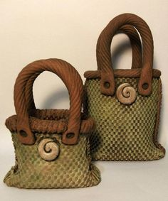 kete Ceramic Artists, Pottery Ideas, Bag Making, Straw Bag, Baskets, Bow, Ceramics, Maori, Hampers