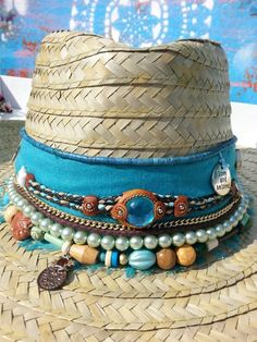 ibiza-hats-mas-wir-mochten-uns-bedanken-wenn-sie-diesen-beitrag-an-anot/ delivers online tools that help you to stay in control of your personal information and protect your online privacy. Hippie Style, Hippie Chic, Moda Afro, Painted Hats, Hat Decoration, Estilo Hippy, Boho Hat, Ibiza Fashion, Cool Hats