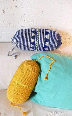 Pillow Crochet Marrakech Blue Triangle por lacasadecoto en Etsy, €26.00