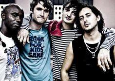 The @libertines está de vuelta. Escucha su nuevo single, 'Gunga Din'. http://rockaxis.com/rock/novedades/the-libertines-confirma-el-lanzamiento-de-un-nuevo-disco…